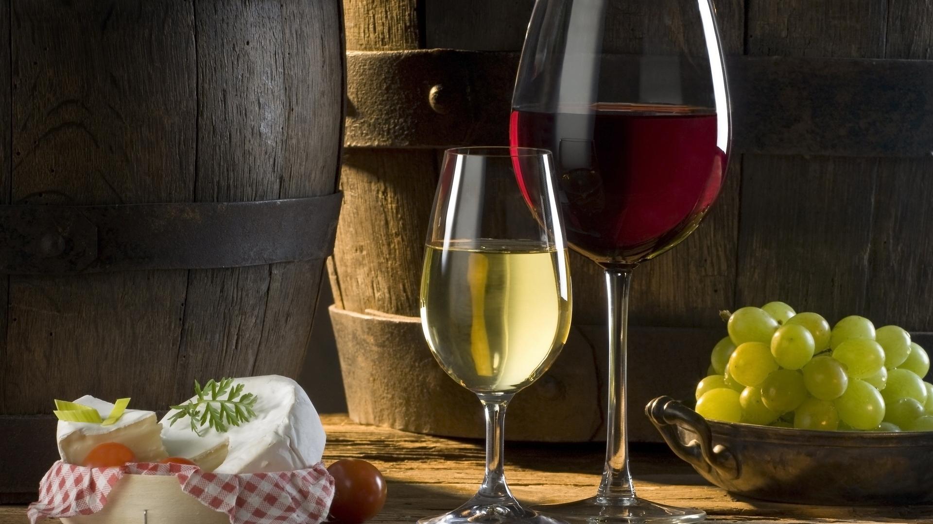 red-wine-and-white-wine
