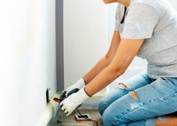 A Guide To Picking The Right Electrician For You