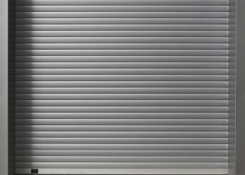 Selecting the Right Paint for Your Garage Door
