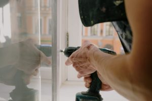 Picking the Right Window Replacement Team for Your Home – Essentials to Keep in Mind