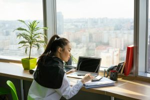 Hiring a Renowned Employment Lawyer for Best Results – A Comprehensive Look